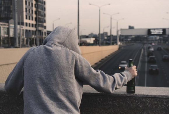 Test na alkoholizm – jak rozpoznać problem?